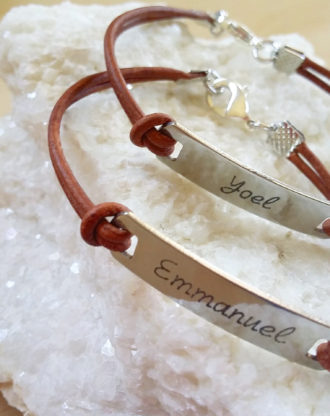 Personalized leather bracelet, engraved message bar bracelet, Custom name plate bracelet, brown leather bangle, fathers day gift for him.