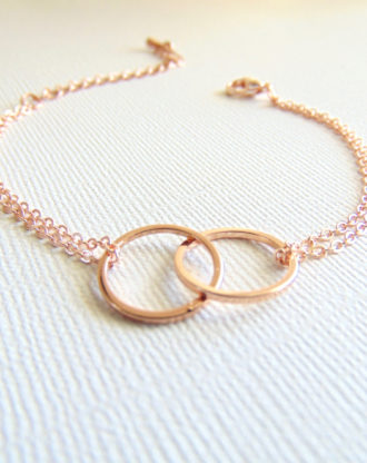 Linked circles Bracelet, Rose Gold Eternity bracelet, Mother daughter bracelet, Dainty jewelry, Mom gift, Lovers gift, interlocking circles