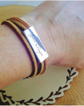 Custom handwriting Leather bracelet, Personalized message wrap bracelet, actual handwriting bar bracelet, engraved Signature brown leather.
