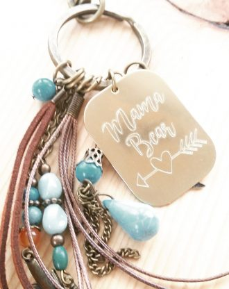 Mama Bear, Mothers day gift, Personalized Engraved massage key chain, gold key charm, inspirational quote key holder plate, gift for mom.